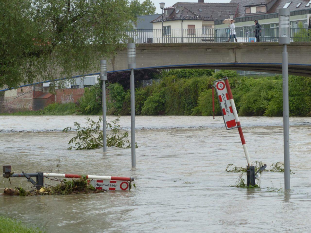 Schutz vor Sturzfluten und Schutz vor Hochwasser